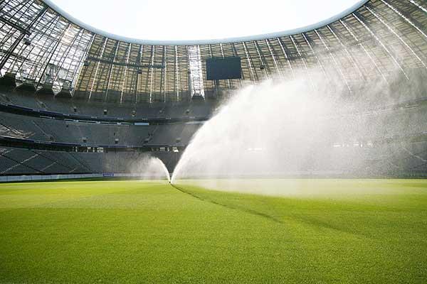 Футбольное поле орошение